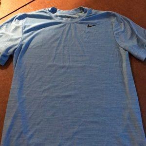 Nike mens small dri-fit tee